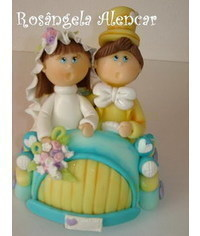 photo  wedding couple in the car cake topper tutorial