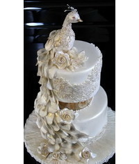 photo   wedding cake with peacock