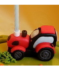photo  The MC modeling of a tractor from tractor mastic gumpaste tutorial
