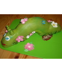 photo carved caterpillar cake tutorial