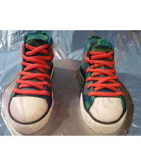 photo  Converse cake tutorial