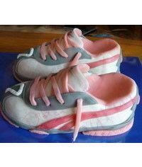 photo Nike Running Shoes Cake tutorial