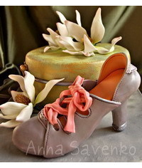 photo  Gum paste woman shoe making tutorial