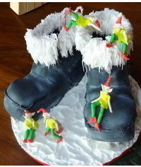 photo Vintage Santa Boots and Sleepy Elves step by step