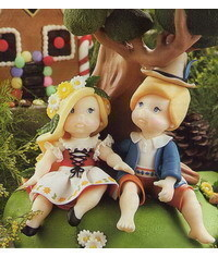 photo Gumpaste (fondant, polymer clay) Hansel and Gretel figures making tutorial