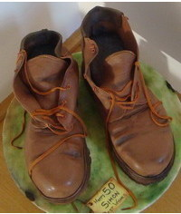 photo Сarved 3D Boots cake tutorial