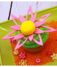 photo Flower Cupcake Tutorial