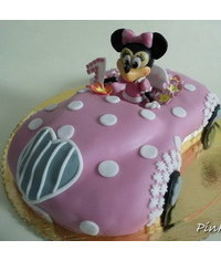 photo 3D minnie mouse car cake tutorial