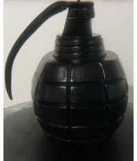 photo Сarved Hand grenade cake step by step