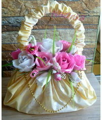 фото Candy Bouquets Sweet Surprises DIY