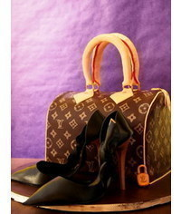 photo  Louis Vuitton handbag cake tutorial