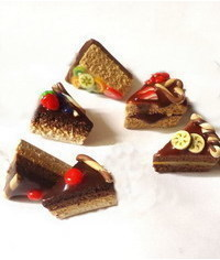 photo Gumapste Miniature Slices of Different Cakes tutorials