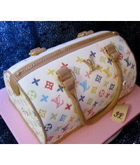 photo  LV handbag cake tutorial