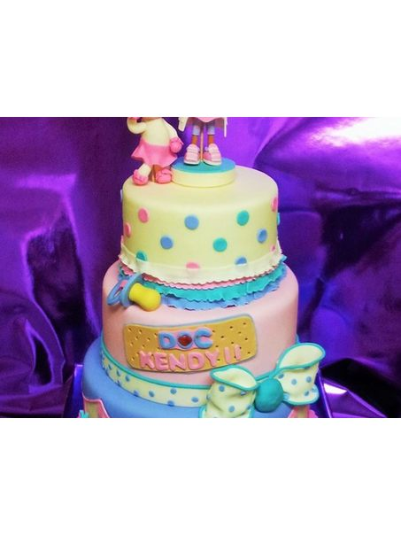 doc mcstuffins cake for a friends baby shower.