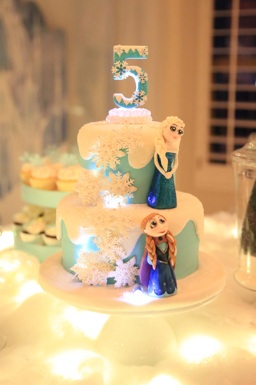 Frozen Themed Birthday Cake how to make